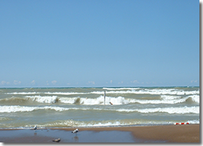 Image of waves in Lake Michigan, which have been found to be related to bacteria levels in the water.